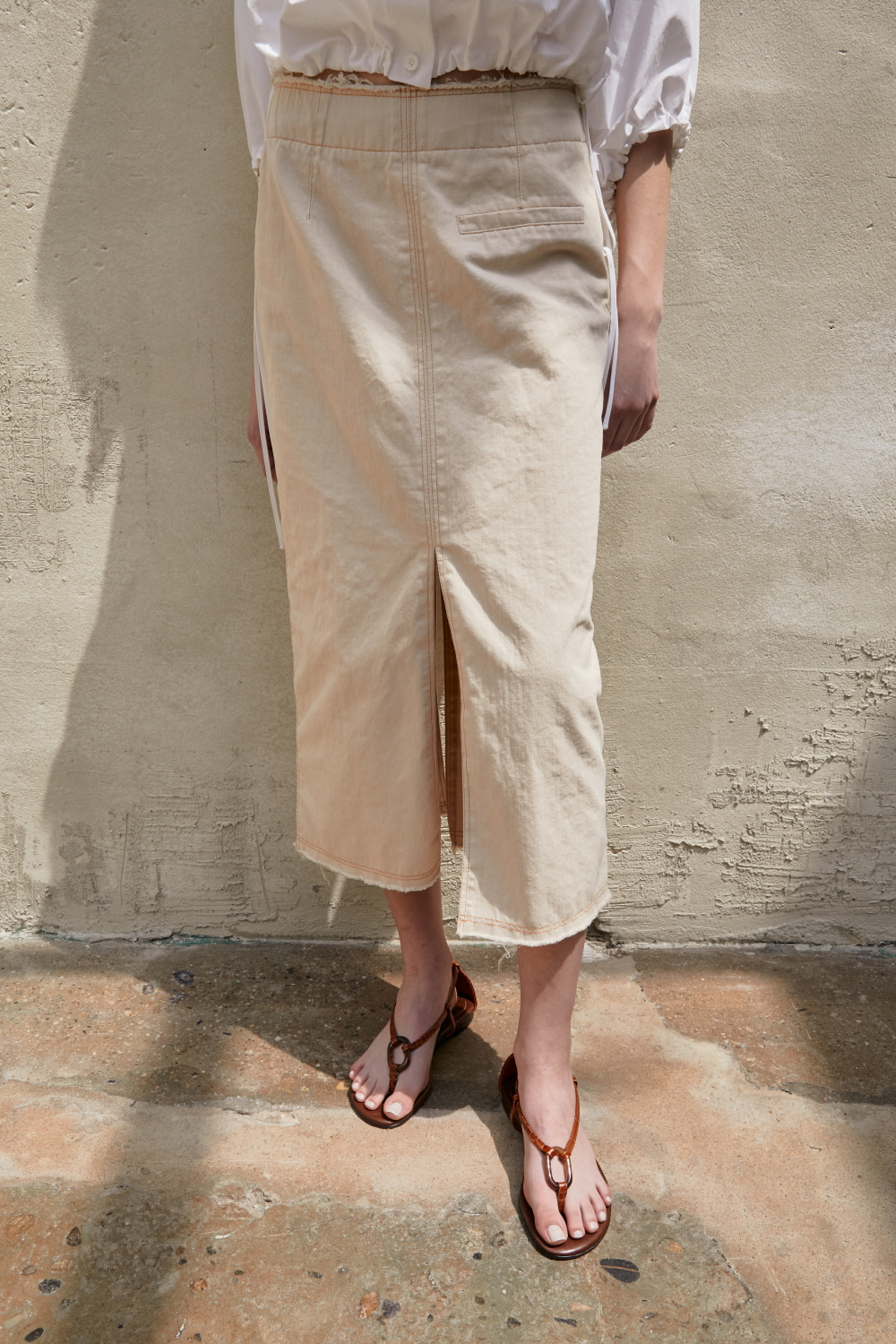 SOLD OUT *** Skirt Denim Slit Beige