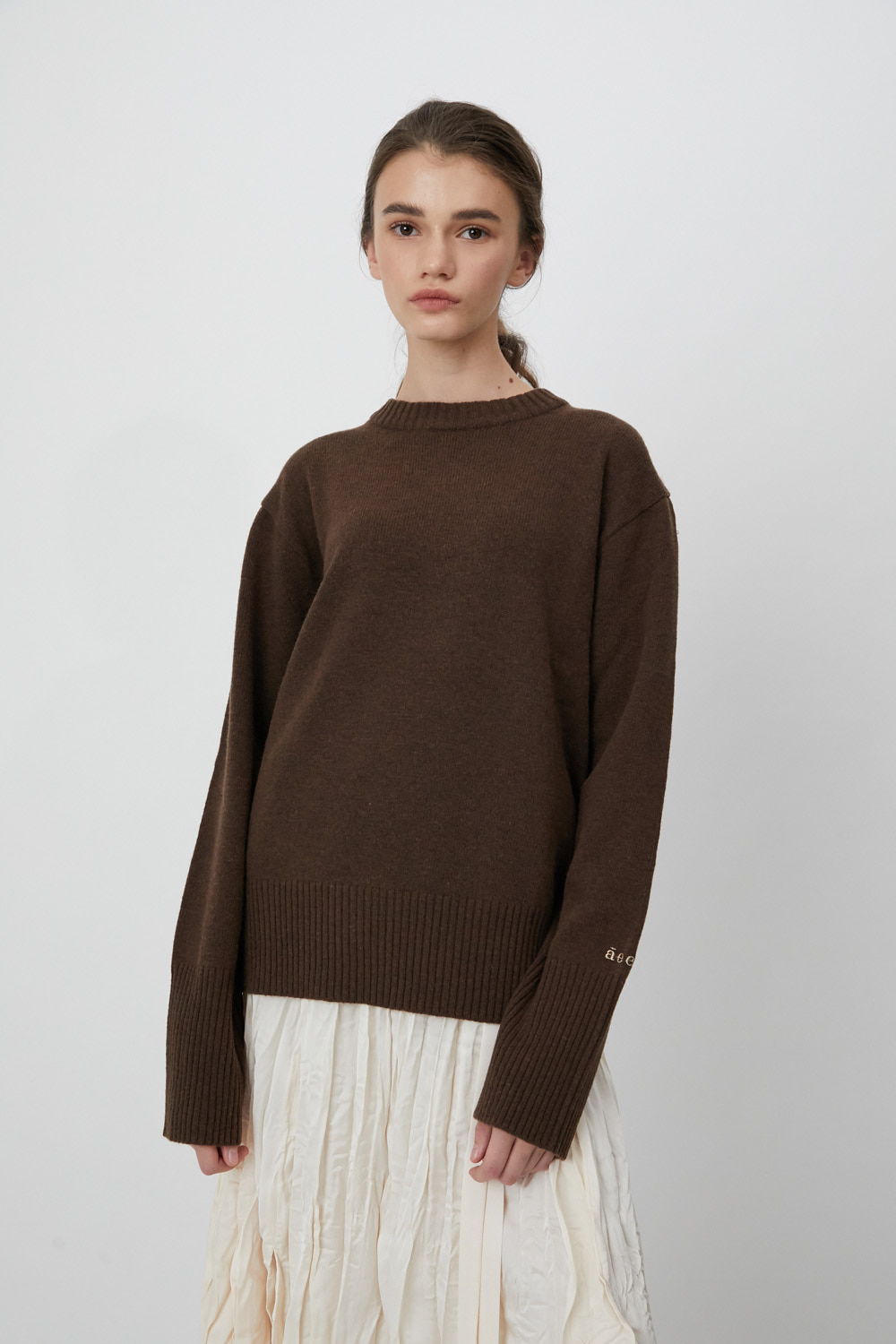 Pull Over Logo E  Brown