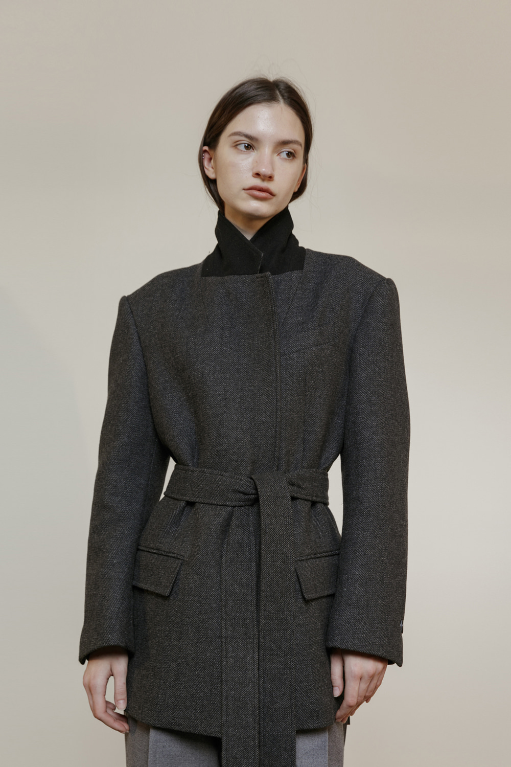 unit | Jacket Harringbone Belted Charcoal Gray