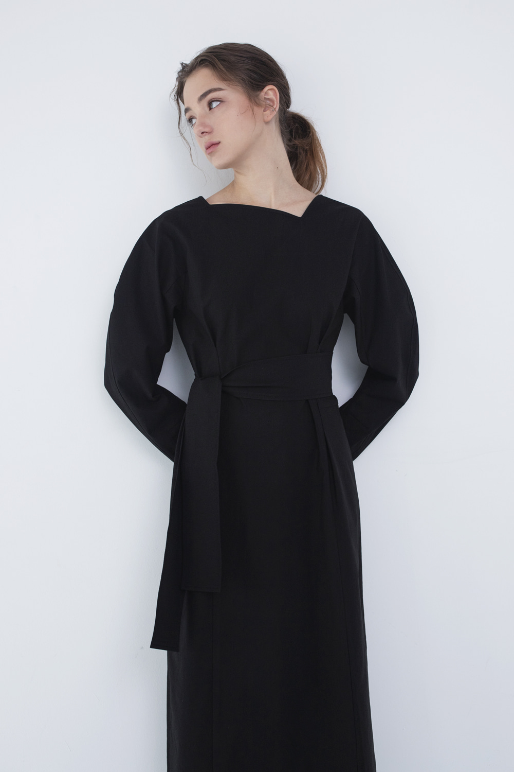 SOLD OUT *** Dress Square Neck Nocturnal Black